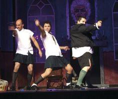 AContrabutaca: O asasino é o Mordomo @ Teatro Principal - Ourense escea escena teatro miteu