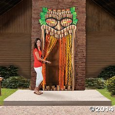 Grand Tiki Entrance | Doesn't your luau deserve this classic luau decoration? Of course it does! Treat your party guests to this grand entrance. #luau #decorations