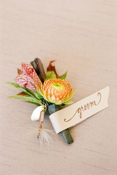 gorgeous fall boutonniere | Jen Fariello #wedding