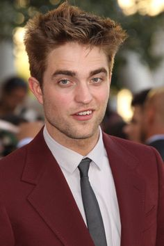 Robert Pattinson, Premiere, Twilight: http://www.starsfilter.de/stars/robert-pattinson.html