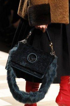 c392ba09f #Designerhandbags Fashion Bags, Fashion Show, Fendi Bags, Gucci Handbags,  Purses And