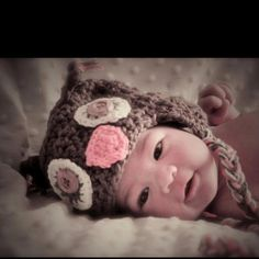 Sweet baby and cute crotchet owl hat