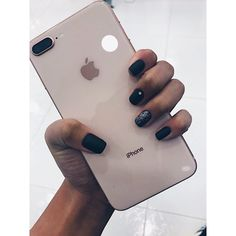 #nails #black #iphone #goals  #uñasdecoradas