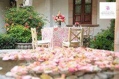Lindos arreglos florales para tu boda Boda San Miguel de Allende Bougainvillea San Miguel, México. www.bougainvilleabodas.com.mx