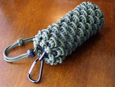 Stormdrane's Blog: Paracord Lantern Pouch/Can Koozie this blog has some great instructions for knots & other such things