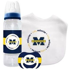 Michigan Wolverines Baby Gift Set