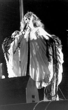 Layered shawls.  A La Stevie.