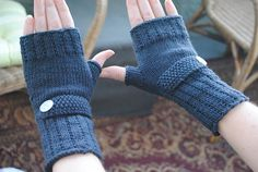 Ravelry: Optimistic Mitts pattern by Devin Joesting