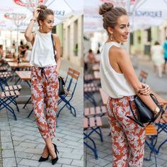 Floral pants is an evergreen outfit but it gets difficult for many to style it in a manner that compliments your personality in a great way Fashion Pants, Fashion Models, Girl Fashion, Sporty Chic, Elegantes Outfit Frau, Modest Summer Fashion, Look Short, Floral Pants, Office Outfits