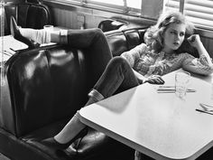 Amy Adams for W magazine (may 2009) photo shoot by Craig McDean 007.jpg - Celebs Venue Images - http://celebsvenue.in/images/show.php/81139_amy-adams-for-w-magazine-may-2009-photo-shoot-by-craig-mcdean-007.jpg.html.    LOW CONTRAST