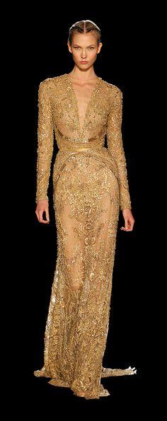 ELIE SAAB - Haute Couture AH 2012/13 - Robe Vieil Or en tulle entièrement brodée de pierres, strass et paillettes