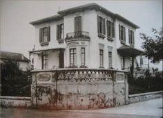 1915 - Avenida Paulista esquina com rua Haddock Lobo. Residência de Cardoso de Almeida, projetada por Ramos de Azevedo.