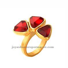 0229df33839a Anillo dorado con tres piedras lojas super lujoso para damas