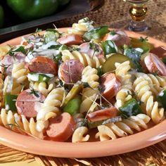11 ellenállhatatlan tésztasaláta, amit imádni fog a család! | Mindmegette.hu Coron, Coleslaw, Hot Dog, Pasta Salad, Salads, Ethnic Recipes, Crab Pasta Salad, Coleslaw Salad, Salad