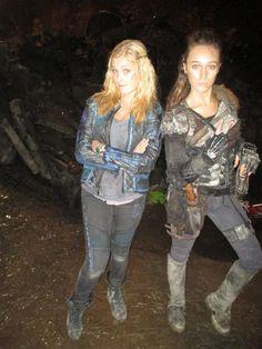 Eliza Taylor & Alycia Debnam-Carey
