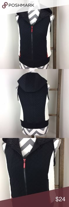ANN TAYLOR LOFT hooded vest Like new! In excellent condition! Polyester. Zipper pockets. 18 1/2 inches across the bust. 21 inches long. Non-smoking pet free home.                 🔹suggested user 🔹fast shipper🔹                    🔸bundle to save 15%🔸300+ items🔸 Ann Taylor Jackets & Coats Vests