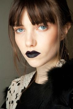 Giles Fall 2015 Ready-to-Wear - Beauty - Gallery - Style.com