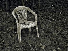 60 best reportages images on pinterest plastic chairs plastic