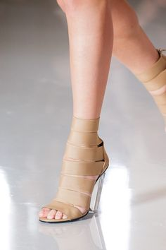 Balmain Spring 2019 Ready-to-Wear Fashion Show Details: See detail photos for Balmain Spring 2019 Ready-to-Wear collection. Look 33 Cute Sandals, Women's Shoes Sandals, Heels, Strappy Sandals, 2000s Fashion, Fashion Show, Runway Shoes, Trendy Shoes, Everyday Fashion