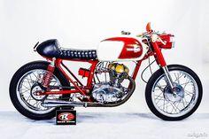 Ottonero Cafe Racer: Ducati Vintage Racer