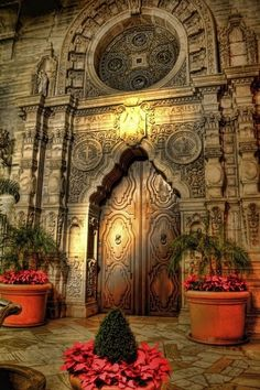 The Mission Inn, Riverside, California.this is only one of the fabulous doors at the mission inn.a wonderful sight to see! Cool Doors, Unique Doors, Foto Hdr, Beautiful Buildings, Beautiful Places, Beautiful Scenery, Mission Inn, When One Door Closes, Grand Entrance