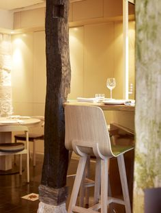 Patrick Norguet's Makil chairs and a kuskoa stool in Yam'Tcha restaurant located in Paris.