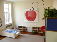 [new york social diary] lisa mahar's home [photographs by jeffrey hirsch] - i love this b/c its so minimalist, cheerful and perfect for kids