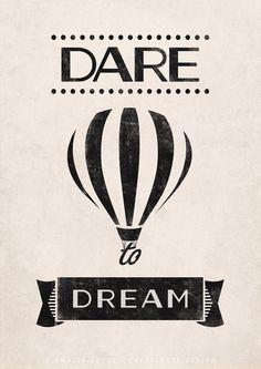 Dare to dream. Quote print. Typography poster por LatteDesign