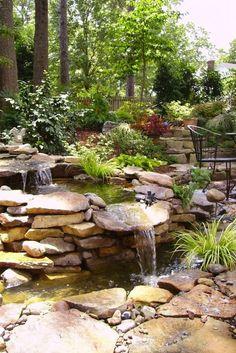 Waterfall garden green extrerieur