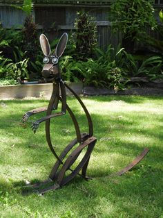 """Receive fantastic recommendations on """"metal art diy"""". They are actually readily available for you on our website. Junk Metal Art, Recycled Metal Art, Metal Yard Art, Metal Tree Wall Art, Scrap Metal Art, Junk Art, Metal Artwork, Welding Art Projects, Metal Art Projects"""