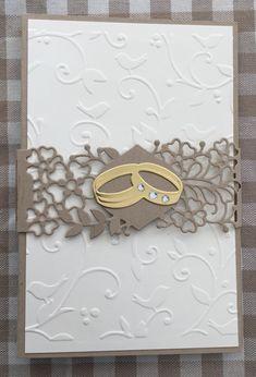 Da ja so viele heiraten musste noch eine weitere her. Diesmal im sehr klassischen Design, mit einem Geldfach unten rechts. Die Farbkombination von Savanne und Vanille (StampinUp) gefällt mir sehr. …