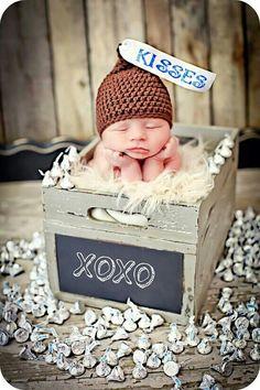 Newborn Photo Prop Baby Kiss Hat by MitziKnitz on Etsy, baby Newborn baby Baby Boy Photos, Newborn Pictures, Baby Pictures, Newborn Pics, Valentine Picture, Valentines Day Photos, Newborn Shoot, Newborn Photo Props, Boy Newborn