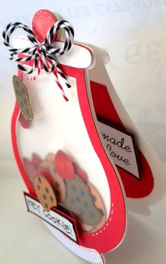 Geyda's Craft Creations: Cookie Jar Shaped Shaker Card. This is adorable and the cover would make a great mini