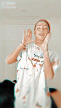 Badass Aesthetic, Aesthetic Indie, Bad Girl Aesthetic, Aesthetic Videos, Aesthetic Pictures, Dance Music Videos, Dance Choreography Videos, Cool Dance Moves, Cute Tumblr Wallpaper
