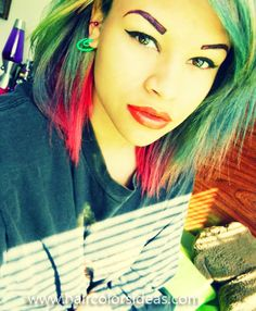 Alternative Fashion // Rainbow Hair