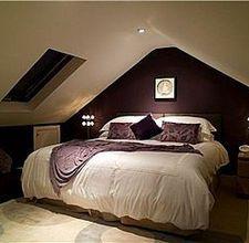 Loft bedroom designs dormer bedroom ideas great small loft bedroom ideas ideas about small attic bedrooms Small Loft Bedroom, Attic Master Bedroom, Attic Bedroom Small, Attic Bedroom Designs, Attic Bedrooms, Loft Room, Attic Bathroom, Attic Spaces, Cozy Bedroom