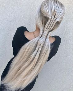 o INFINITY AND BEYOND! 4 strand 3 strand and 2 strand. Who else is obsessed with this braid? Pretty Hairstyles, Braided Hairstyles, Hairstyles Videos, Hairstyles 2018, Hair Art, My Hair, Viking Hair, Cool Braids, Unique Braids
