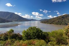 10 Most Scenic Roads in New Zealand - South Island - In A Faraway Land New Zealand North, Visit New Zealand, New Zealand South Island, New Zealand Itinerary, New Zealand Travel, Driving In New Zealand, Marlborough Sounds, New Zealand Adventure, Sustainable Tourism