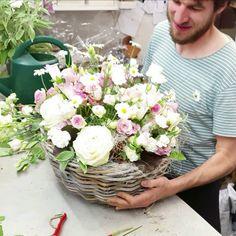 Hortensien Arrangements, Creative Flower Arrangements, Flower Arrangement Designs, Beautiful Flower Arrangements, Artificial Floral Arrangements, Flower Bouquet Diy, Beautiful Bouquet Of Flowers, Diy Flowers, Flower Decorations