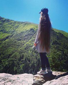 Super Long Hair, Beautiful Long Hair, Long Hair Styles, Art, Long Hair Updos, Long Hair, Art Background, Long Hairstyle, Kunst