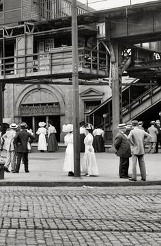 Atlantic Avenue subway entrance. Brooklyn, N.Y., c.1910