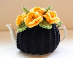 The Daffodil Garden Tea Cosy in Pure Merino by taffertydesigns, - All About Gardens Knitted Tea Cosies, Tea Blog, Tea Cozy, Loose Leaf Tea, Creative Decor, Daffodils, Crochet Projects, Knit Crochet, Cosy
