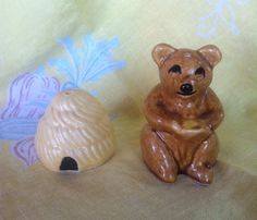 Vintage Honeycomb and Bear Salt and Pepper Shakers