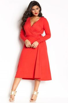 Need something chic and easy to wear to work on those days you are just not feeling it? The plus size wrap dress is a wardrobe essential every woman needs in her closet and we found 12 Uber Chic Plus Size Wrap Dresses!   How about this look for Monday morning meetings?  12 Uber Chic Plus Size Wrap Dress You Need In Your Closet http://thecurvyfashionista.com/2017/02/plus-size-wrap-dress/