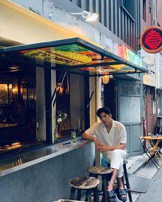Song Joong Ki Photoshoot, Ji Chang Wook Photoshoot, Park Hae Jin, Park Seo Joon, Drama Korea, Korean Drama, Ji Chang Wook Instagram, Ji Chang Wook Smile, Fabricated City