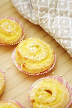 The vanilla threads are easy to finish in just one round and ready to go. Sweet Recipes, Cake Recipes, Finnish Recipes, Sweet Pastries, Sweet And Salty, Something Sweet, Easy Cooking, Baked Goods, Sweet Tooth