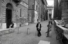 Via del Campidoglio Old Photographs, Old Photos, Vintage Photos, Bella Roma, Once Upon A Time, Nostalgia, World, Life, Costume