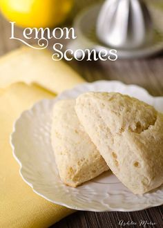 Could You Eat Pizza With Sort Two Diabetic Issues? Based On A Disney Epcot Pop Up Restaurant, These Lemon Scones Are Easy And Delicious. Lemon Desserts, Lemon Recipes, Milk Recipes, Lemon Scones, Lemon Ricotta Pancakes, Orange Scones, Savory Scones, Biscuits, Breakfast Recipes