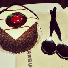 Amo el #chocolate y especialmente ese postre :3 #food  (en Starbucks Sucre)