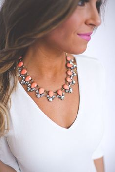 Simple statement necklace with plain v-neck